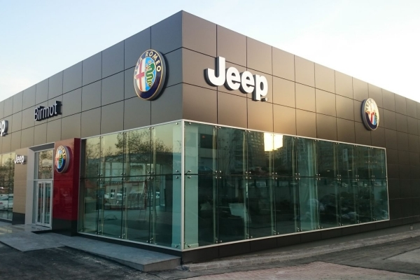 ALFA ROMEO VE JEEP SHOWROOM BİNASI